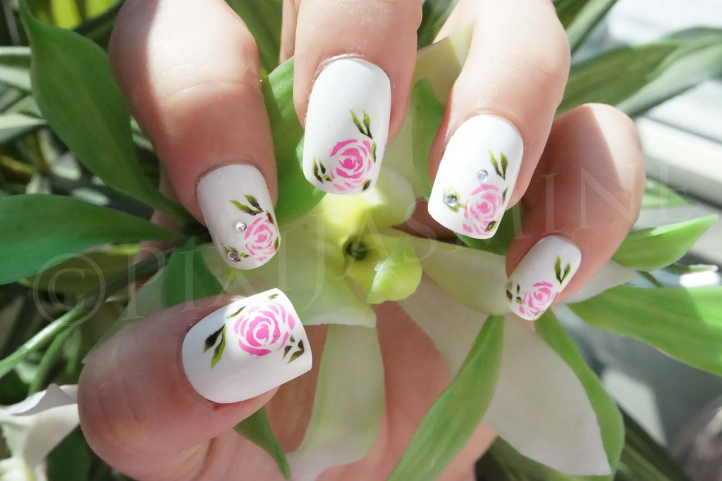 Depend False Nails Hot Look Monday Roses