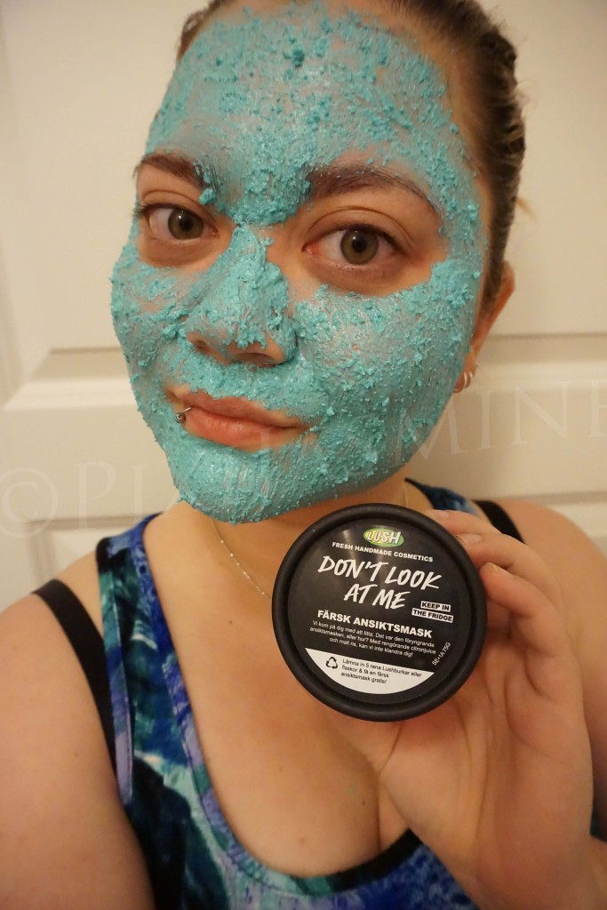 Lush don't look at me mask